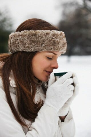 woman hot beverage Deliciousness In Hand: Hot Beverages To Go - EAT LOVE SAVOR International luxury lifestyle magazine and bookazines