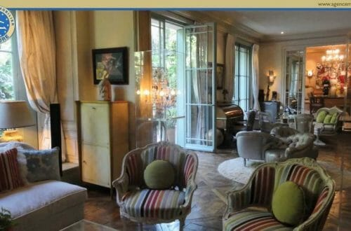 maxresdefault The Most Exclusive Apartment in Paris - EAT LOVE SAVOR International luxury lifestyle magazine, bookazines & luxury community