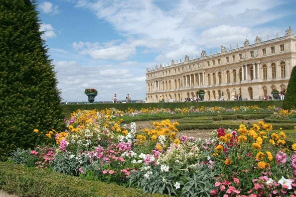 The Palace Versailles from the South parterre Discover: Château Versailles: Versailles and Antiquities - EAT LOVE SAVOR International Luxury Lifestyle Magazine