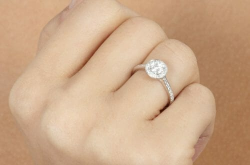 sd29547 model How to Achieve the Perfect Sparkle when Buying Diamond Jewellery - EAT LOVE SAVOR International luxury lifestyle magazine and bookazines