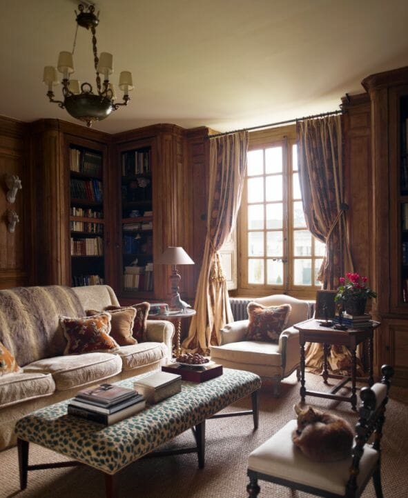 Timothy corrigan chateau living area