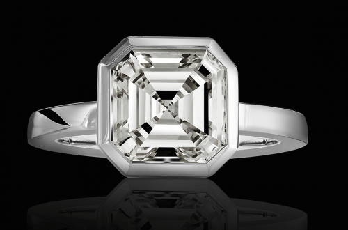 vision in white selected jewelers black back Stunning 5.04 Carat Asscher® Cut Diamond 'Vision in White' Selected Jewels Ring Dazzles - EAT LOVE SAVOR International luxury lifestyle magazine, bookazines & luxury community