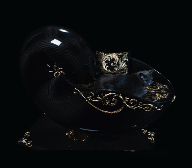 jeweled pet bed2 The Supreme Encounter Between Art Jewellery And Love For Animals: The Most Precious Cat Bed - EAT LOVE SAVOR International Luxury Lifestyle Magazine