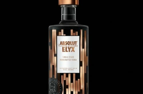Elyx Black Background Discover: Absolut ELYX a New Definition of Luxury Vodka - EAT LOVE SAVOR International luxury lifestyle magazine and bookazines