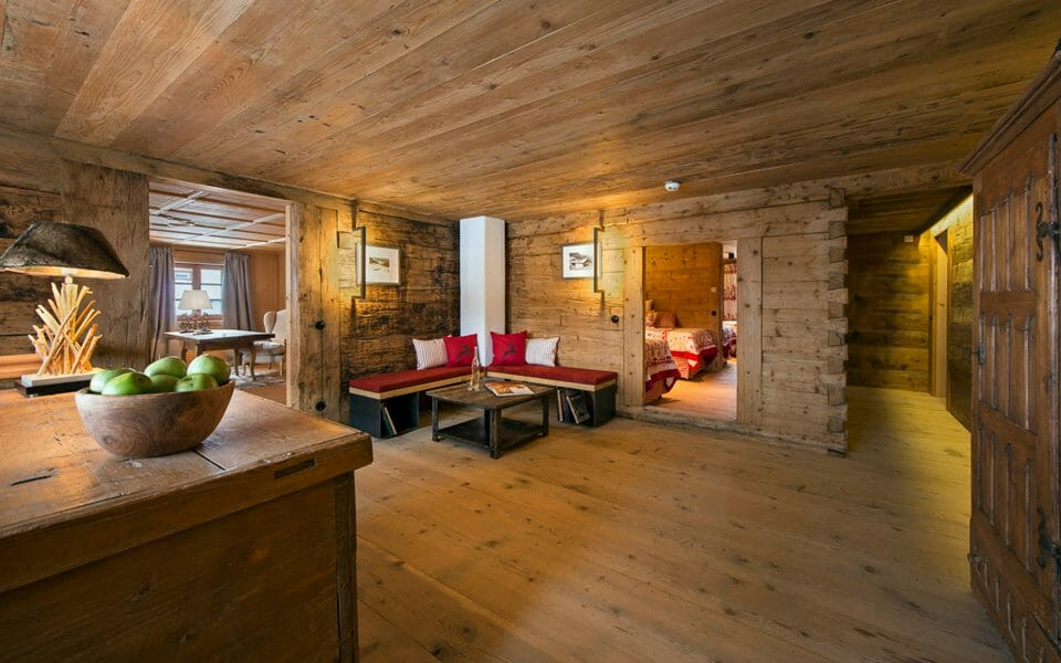 Luxury chalet Lech interior The 3 Best Alpine Ski Resorts for Families - EAT LOVE SAVOR International luxury lifestyle magazine and bookazines