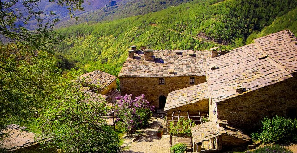 tuscany house from a top a hill Own a Part of Tuscany - EAT LOVE SAVOR International luxury lifestyle magazine, bookazines & luxury community