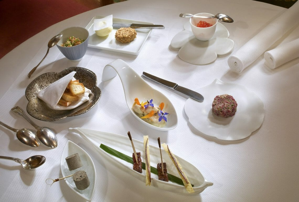 les airelles Fine Dining in the Mountains: The Best Tables in Courchevel - EAT LOVE SAVOR International Luxury Lifestyle Magazine
