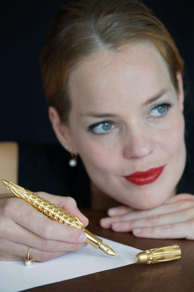 Pjotr SVgold Q1 fountain pen with woman Inspired 3D Printed Limited Edition Solid Gold Fountain Pens and Nibs - EAT LOVE SAVOR International luxury lifestyle magazine and bookazines