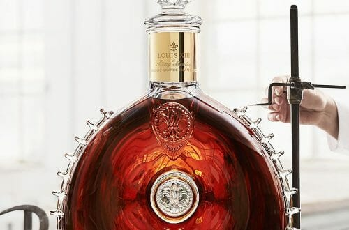2147360 le salmanazar louis xiii web tete 0301194367764 1000x1244p LOUIS XIII Le Salmanazar presents the one-and-only 9-liter decanter - EAT LOVE SAVOR International luxury lifestyle magazine and bookazines