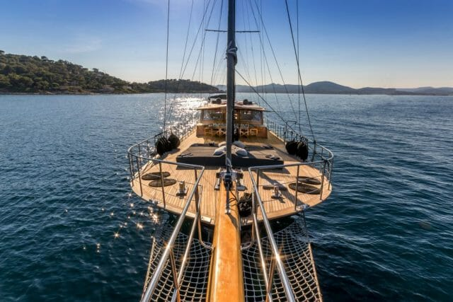 Dolce Vita HI U-Boat Investment increases capital by €1.4M for global launch of new yacht charter platform YOTHA - EAT LOVE SAVOR International luxury lifestyle magazine and bookazines