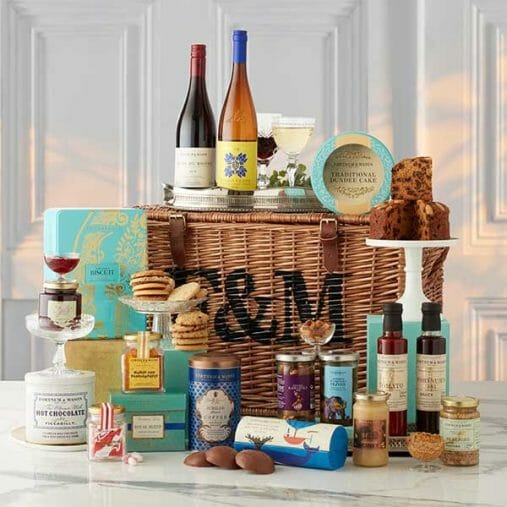 2201512 The Getaway Lovely Luxury Gifts for Her - EAT LOVE SAVOR International luxury lifestyle magazine and bookazines