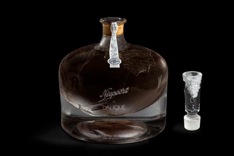 Niepoort in Lalique Decanter Landmark Collaboration Between Lalique And Niepoort Celebrates One Of The Rarest, Finest Port Wines Left In The World - EAT LOVE SAVOR International luxury lifestyle magazine and bookazines