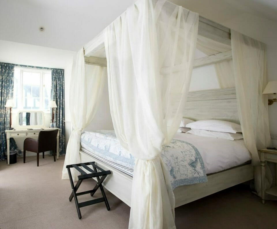 Four Poster 2 Escape to The Grange Hotel for an Intimate Country House Setting in York - EAT LOVE SAVOR International luxury lifestyle magazine and bookazines