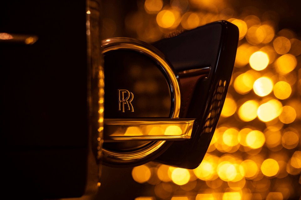 The Rolls Royce Champagne Chest close up For Epicurean Pleasures Discover the Champagne Chest by Rolls-Royce Motorcars - EAT LOVE SAVOR International luxury lifestyle magazine and bookazines
