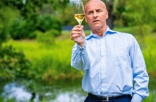 richard juhlin champagne masterclass World Leading Champagne Expert Richard Juhlin Launches Master Class at Starflow - EAT LOVE SAVOR International luxury lifestyle magazine, bookazines & luxury community