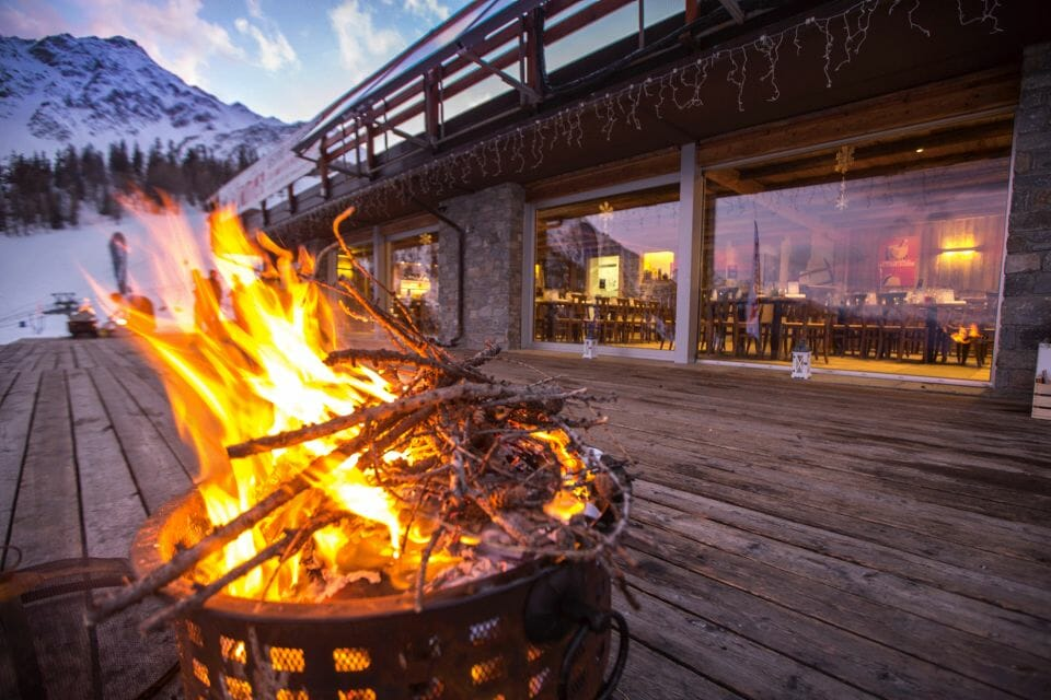 la chaumiere skiexperience 2791 Courmayeur Mont Blanc Hosts 7th Annual Mountain Gourmet Ski Experience - EAT LOVE SAVOR International luxury lifestyle magazine and bookazines