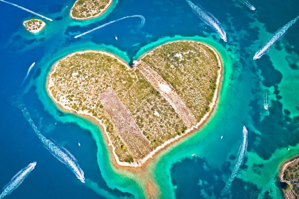yacht holiday in Croatia luxury lifestyle magazine