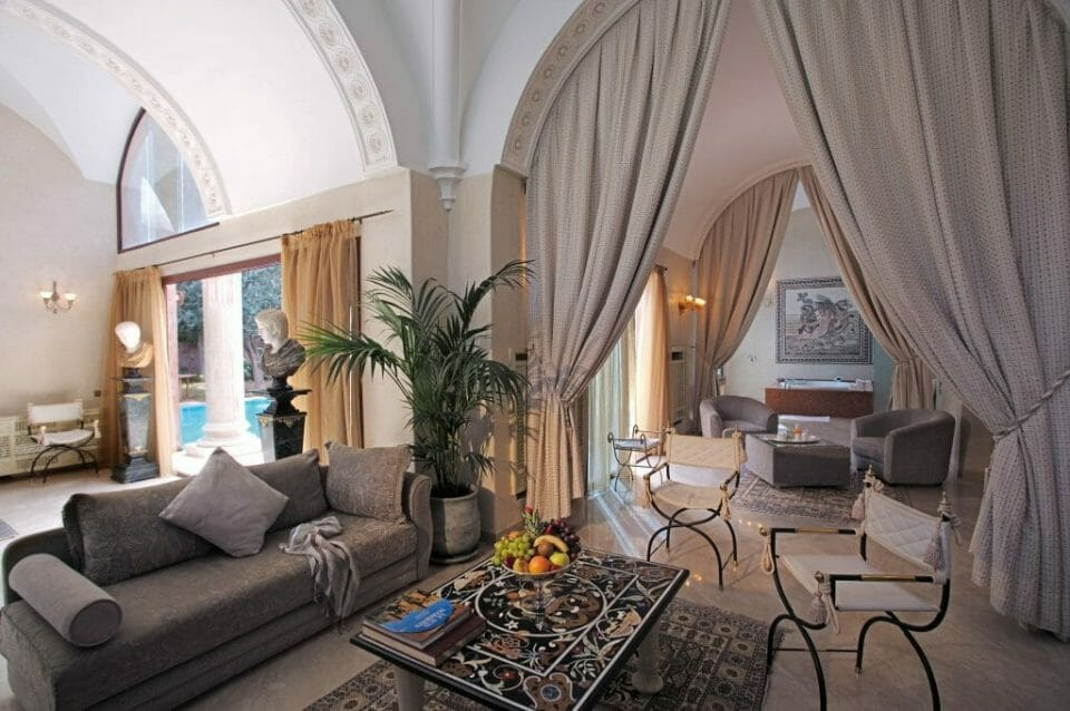 es saadi suite Luxury Learning Escapes with a Difference - EAT LOVE SAVOR International luxury lifestyle magazine, bookazines & luxury community