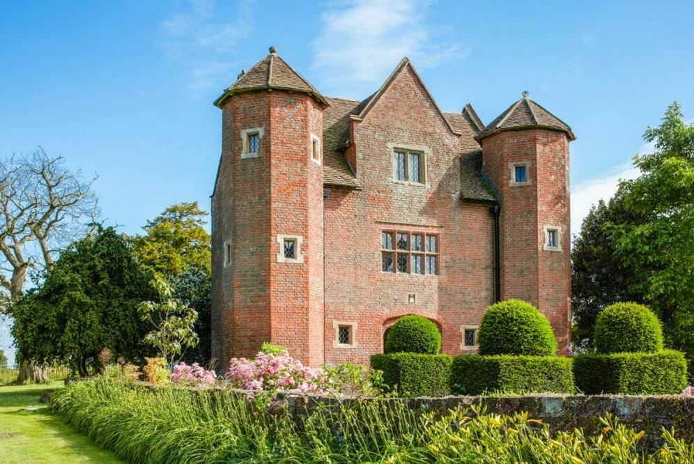 crop 9999 666 Chevaliers Gatehouse House Midlands Olivers Travels 1 Staycation Like a Royal from The Crown with Oliver's Travels - EAT LOVE SAVOR International luxury lifestyle magazine, bookazines & luxury community
