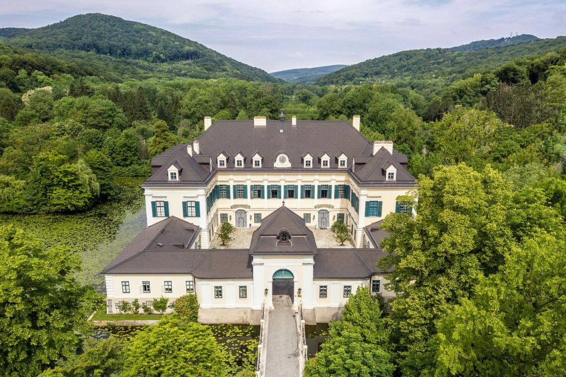 05 bearb. Hendrich Real Estate GmbH an Award-Winning Guide to the Austrian Luxury Real Estate Market - EAT LOVE SAVOR International luxury lifestyle magazine and bookazines