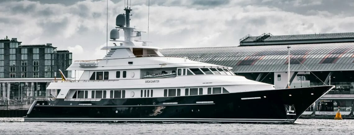 Broadwater yacht profile Escape to the Bahamas aboard the exquisite BROADWATER yacht - EAT LOVE SAVOR International Luxury Lifestyle Magazine