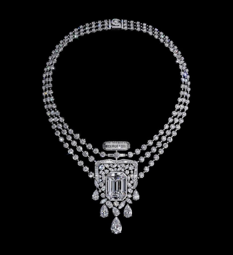 Chanel high jewelry 55 55 diamond necklace 1617196080093 pagehtejoacollierdeskjpg max lg md Discover CHANEL High Jewelry Signature Collection and Introducing the one of a kind 55.55 Necklace - EAT LOVE SAVOR International Luxury Lifestyle Magazine
