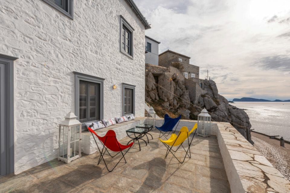 hydra valmont beauty terrace AGG 0894 Swiss beauty brand Valmont continues its empire with their new hospitality pillar, Les Résidences Valmont, the brand's most exclusive endeavor to date - EAT LOVE SAVOR International Luxury Lifestyle Magazine