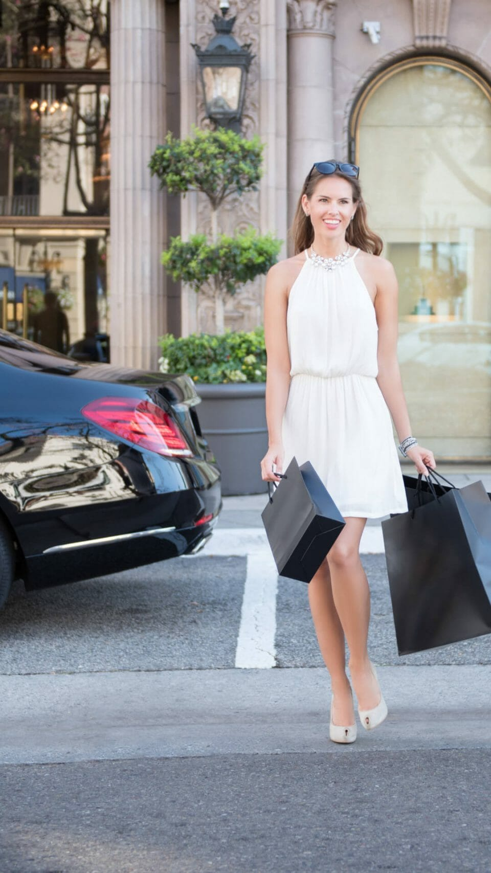 personal shop lady WEBSITE ADS 2021 Personal Shopping Services - EAT LOVE SAVOR International Luxury Lifestyle Magazine