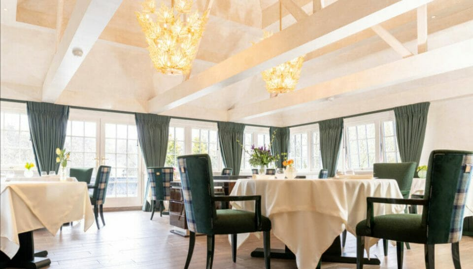 lalique Glenturret dining room Lalique Group acquires the Château Lafaurie-Peyraguey hotel and restaurant and opens The Glenturret Lalique Restaurant - EAT LOVE SAVOR International Luxury Lifestyle Magazine